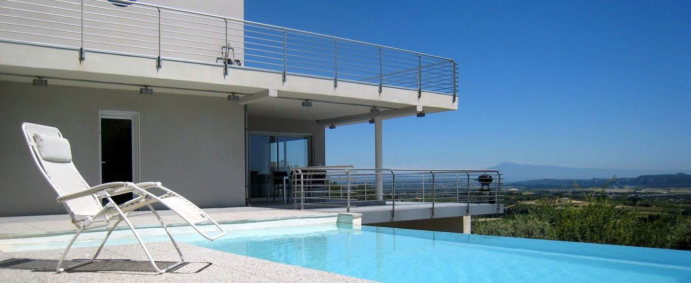 Un balcon sur la <strong>Provence</strong> dans un <strong> lieu de rêve</strong>